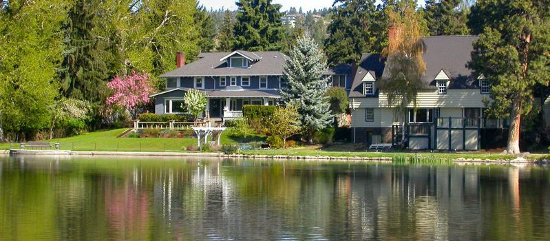 buying a lake home